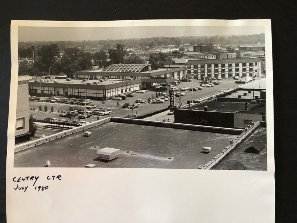 Midway Motor Lodge circa 1980