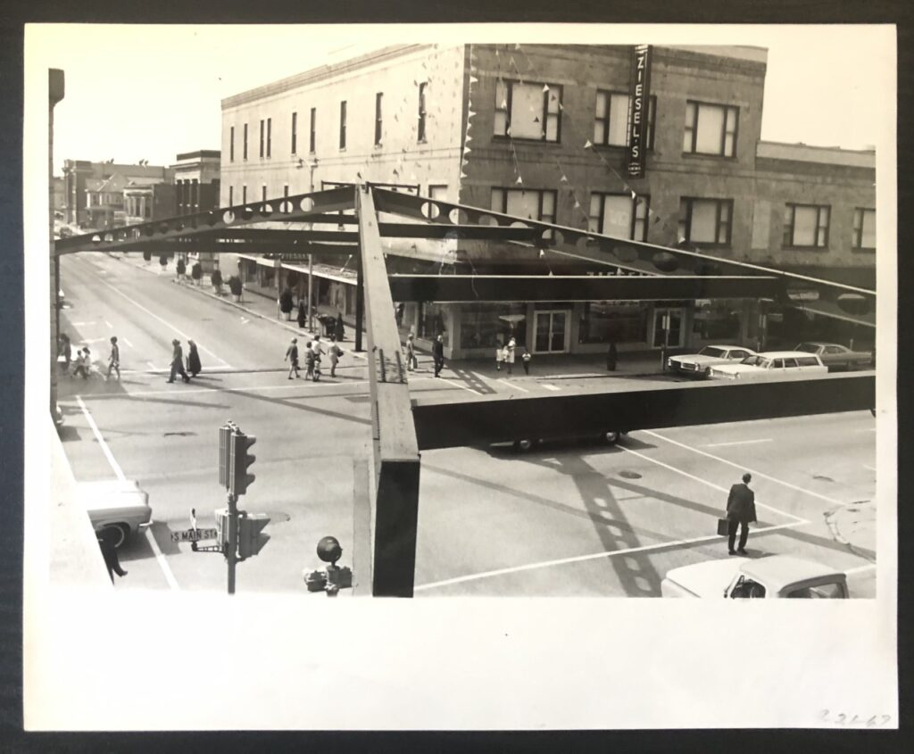 The Arch from above, looking west down Franklin Street, in September 1967. (Elkhart Truth photo)